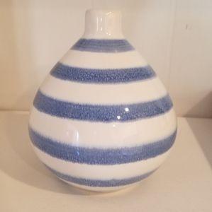 Blue and white mini vase
